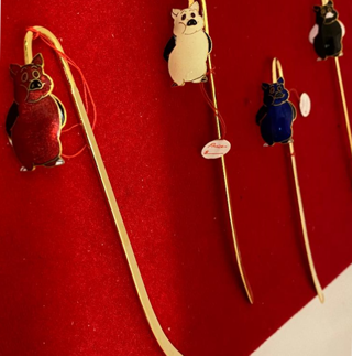 Pig Bookmark, select color
