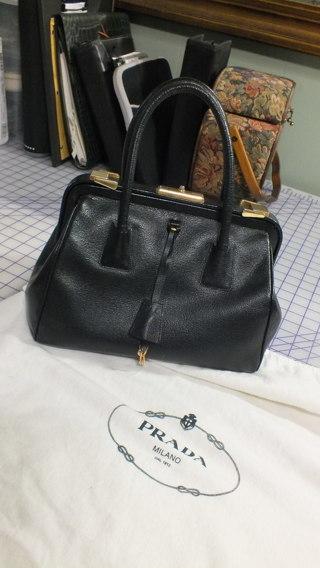 d15fc4dc27e97e Free: Rare Minty Prada Madras Cerniera Doc Bag - Handbags - Listia ...
