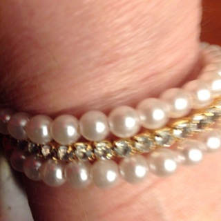 Beautiful Classy Pearl Bracelet.