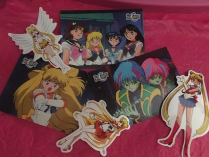 6 Sailor moon collectibles(randomly chosen)