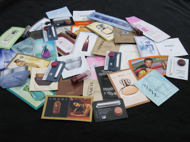 Free: avon perfume samples(2) fragrances listia. Com auctions.