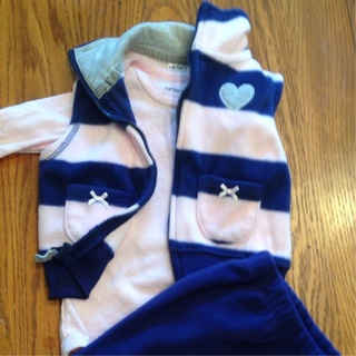 3 Piece Carter's Outfit, Never Worn!