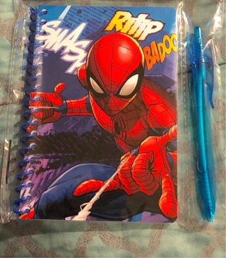 BNIP Marvel's: SPIDER-MAN 60 Sheet Stationery Set With Pen