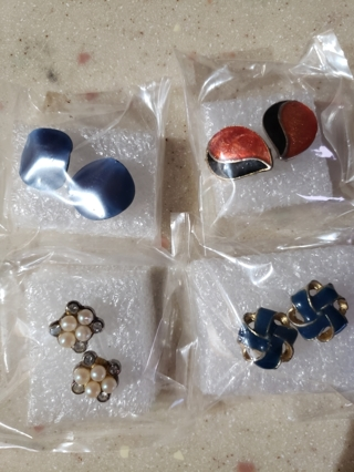 4 Pairs of Vintage Earrings