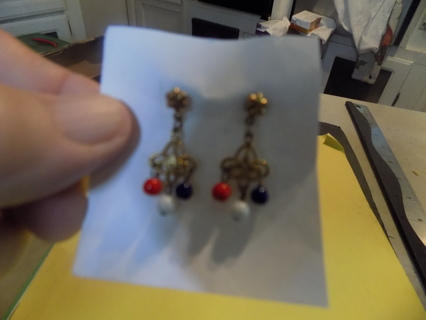 goldtone post earrings, filigree with red, white, & blue E beads