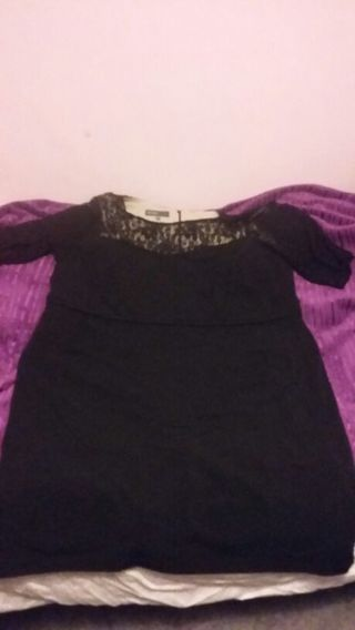 Black lace 18 w dress by Donna Ricco. Included a pair of beautiful butterfly earrings.
