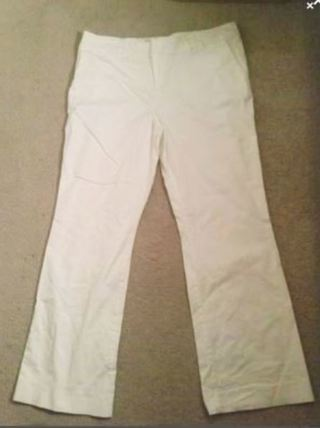 1 pair women's white pants flared size 16