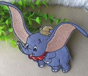 1 NEW Dumbo IRON ON Patch The Circus Elephant Clothing accessory Embroidery Applique