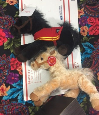 COLLECTIBLE WELLS FARGO COMPANY HORSE PLUSH DOLLS TOYS STUFFED ANIMALS FREE SHIPPING