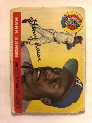Topps Hank Aaron Baseball Card
