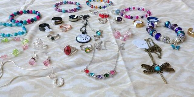 ❤Lots and Lots of Beautiful Pieces of New Jewlery!! Some Marked 925 for Sterling Silver❤