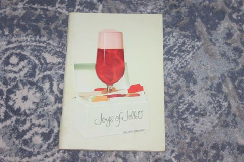 Joys of Jello Vintage Cookbook Paperback 96 Pages FREE SHIPPING! Jell-O ----------
