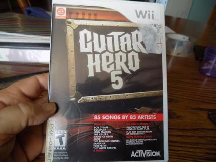 Wii Guitar Hero 5   85 songs by 83 Artists