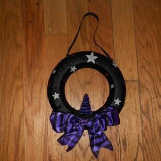 handmade glow in the dark witch halloween wreath