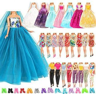 25 piece barbie clothes and accessories