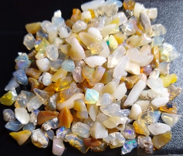 OPALS ROUGH SUPER LARGE LOT ABOUT 124 CARATS LAST OF MY SMALLER ROUGH GRAB THEM WHILE YOU CAN!