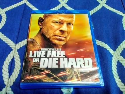 Live Free Or Die Hard - Blu Ray disc - Bruce Willis - Rated PG