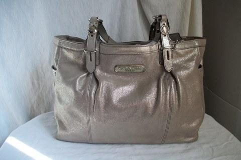 Free New Coach Silver Pewter Leather Handbag Purse