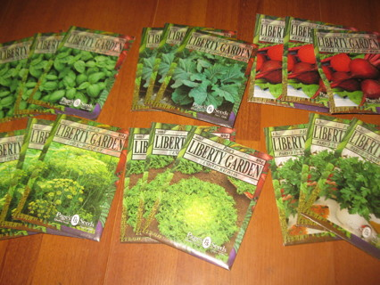 huge lot of Vegetable / Herb Seed Packets - good mix