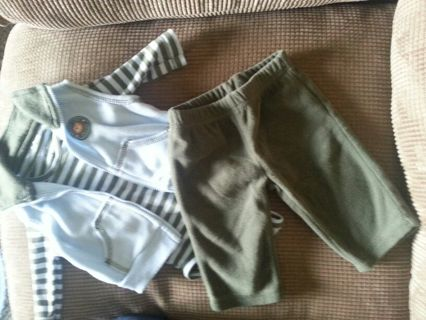 Baby Clothes Lot - Infant 0 to 3 months (name brand)