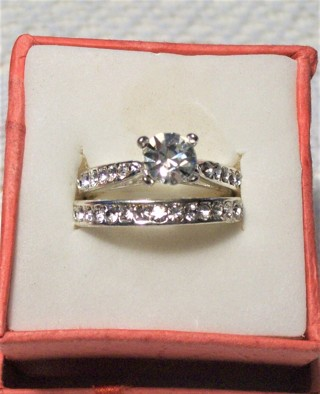 Beautiful New White Gold Filled Engagement /Wedding Set with CZ. Stones Sz 7 1/2