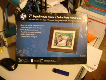 Free Hp 7 Digital Picture Frame Df730a4 Other Electronics