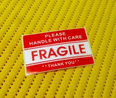 "24 Large 2"" x 3"" FRAGILE Stickers"