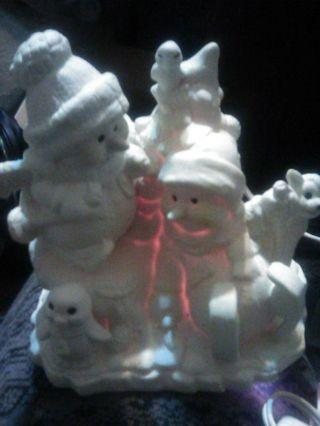 Porcelain Snowmen Figurine !