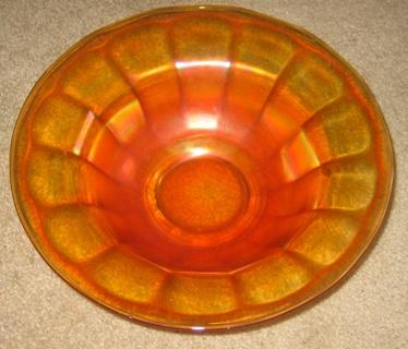 Gorgeous Vintage Carnival Glass Large  Fruit Bowl!