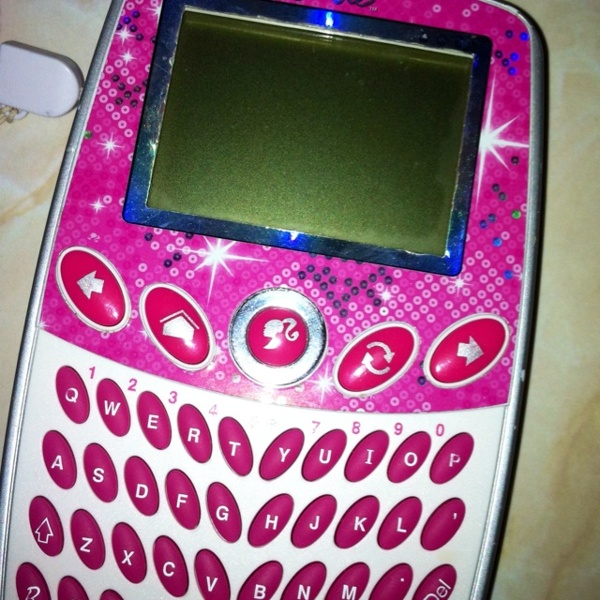 Barbie Toy Phone : Free barbie cell phone toy games listia auctions
