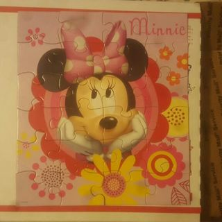 20 piece Minnie Mouse puzzle  free shipping