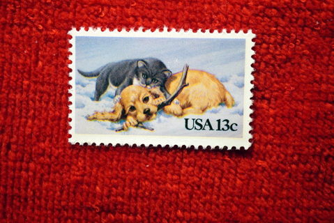 "Scotts #2025 MNH  1982 13c ""Kitten & Puppy"" U.S. Postage Stamp."