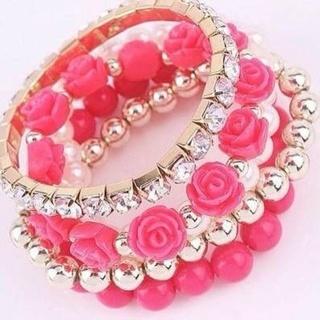 BNIP stretchy light pink bracelet