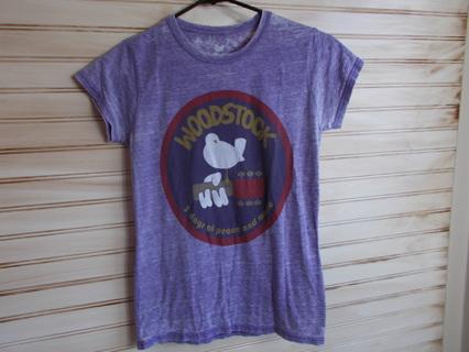 Vintage Look Woodstock Tee Jrs Size Small
