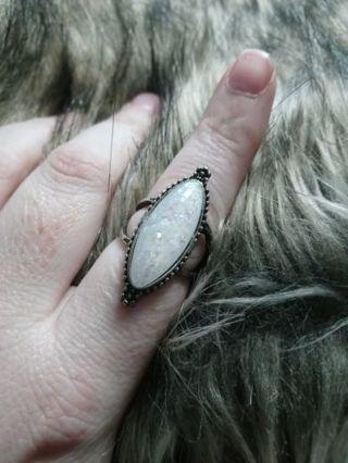 Size 8 ring unique!