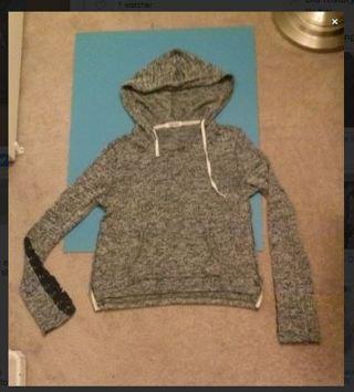 1 Aeropostale hooded sweatshirt hoodie sweater extra long frilly sleeves SUPER CUTE