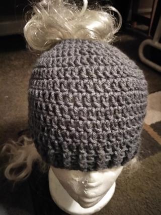 Crocheted messy bunn hat w/bow