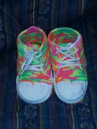 Free Adult Crochet Converse House Tennis Shoes Pattern