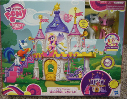 My Little Pony Wedding Castle Playset With Princess Cadance And Shining Armor