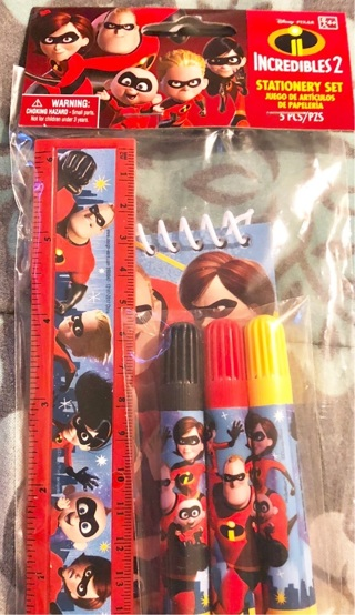 """BNIP """"Disney Pixar's: The Incredibles TWO"""", 5 Pc Stationery Set! Ruler/Markers/Note pad"""