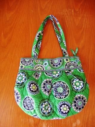 4535ff7f09 Free  New VERA BRADLEY bag in retired Cupcakes Green - Women s ...