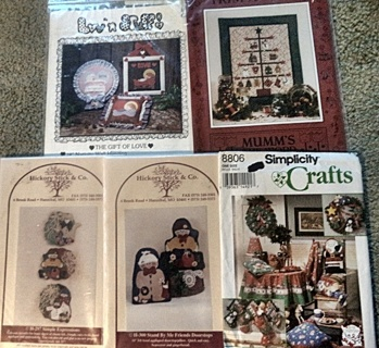 Lot of 5 Christmas Sewing Patterns for the Home