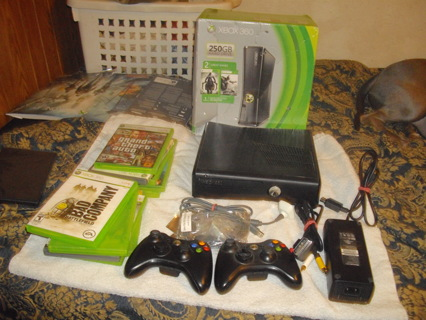 xbox 360 250 gb w/games and xtras