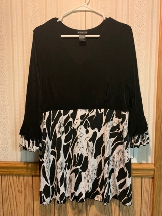 GORGEOUS PLUS SIZE TUNIC
