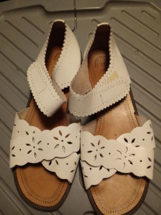 Ladies Size 6W Leather Craft Sandles