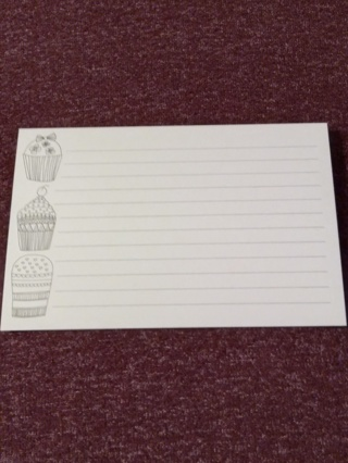 Lined Cards - Cupcakes