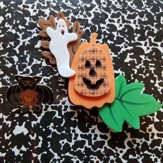 2 Halloween Pins