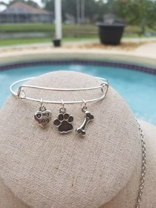 I heart my dog, adjustable charm bracelet, made with love, great gift.