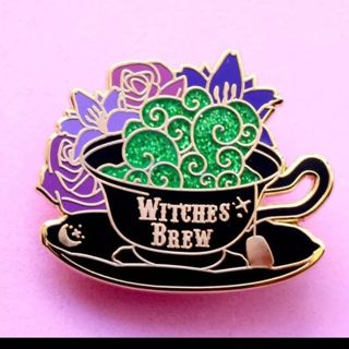 Witches brew pin New free ship
