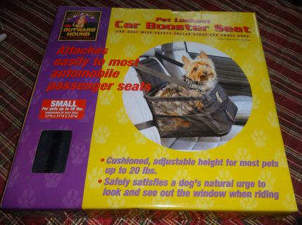 EUC - OUTWARD HOUND PET LOOKOUT CAR BOOSTER SEAT w/SAFETY COLLAR for SMALL DOGS